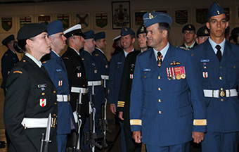 On 21 August, General Lawson, accompanied by Chief Warrant Officer West, presided over the end of course ceremony of two Basic Military Qualification platoons at the Canadian Forces Leadership and Recruit School, Saint-Jean Garrison. During the ceremony, the 108 graduates were inspected by the CDS, while their family members and instructors watched proudly.