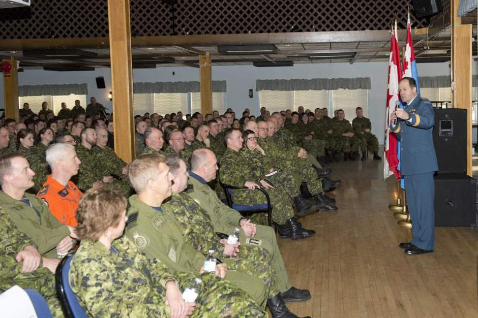 General Tom Lawson, Chief of the Defence Staff speaks to Canadian Armed Forces members during a Town Hall at 4 Wing, Cold Lake, AB, on March 03, 2014.