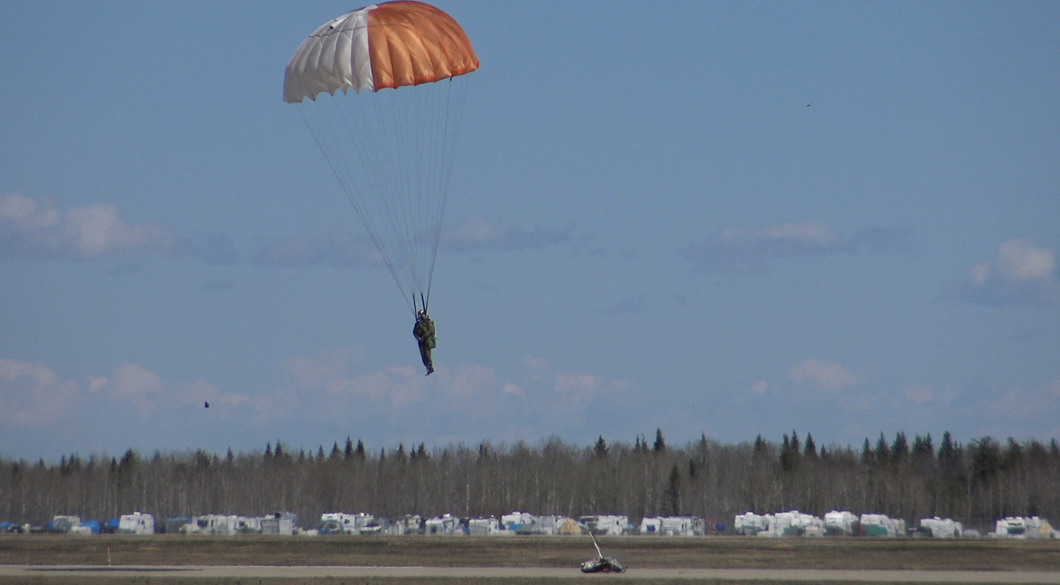 National Defence's Aerospace Engineering Test Establishment (AETE) tests new parachutes.