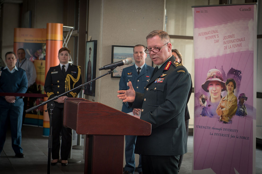 Gen Jonathan Vance, the CDS, delivers his remarks at the DND/CAF International Women's Day event at NDHQ on March 8. Photo: Cpl Carbe Orellana, CFSU(O) Imaging Services