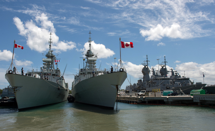 Her Majesty's Canadian Ship (HMCS) Vancouver (left) and HMCS Calgary arrive alongside ships from the Royal Australian Navy at Joint Base Pearl Harbor-Hickam for RIMPAC 2016 on June 29, 2016. Photo:  MCpl Chris Ward, MARPAC Imaging Services ET2016-5001-02