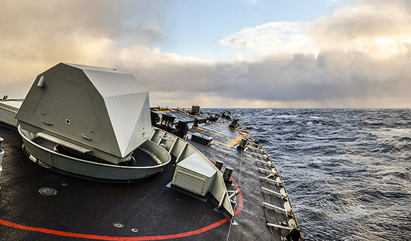 Her Majesty's Canadian Ship (HMCS) FREDERICTON crosses the North Atlantic Ocean to participate in Operation REASSURANCE, on January 9, 2016. Photo: Corporal Anthony Chand, Formation Imaging Services HS2016-A002-020