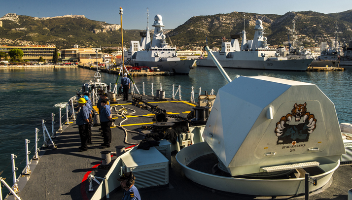 Her Majesty's Canadian Ship (HMCS) FREDERICTON departs Toulon, France,after the rest and maintenance period during Operation REASSURANCE, May 5, 2016. Photo: Corporal Anthony Chand, Formation Imagery Services  HS2016- A078-002