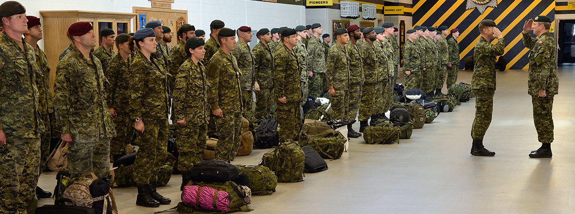 Canadian Army troops return from Operation REASSURANCE
