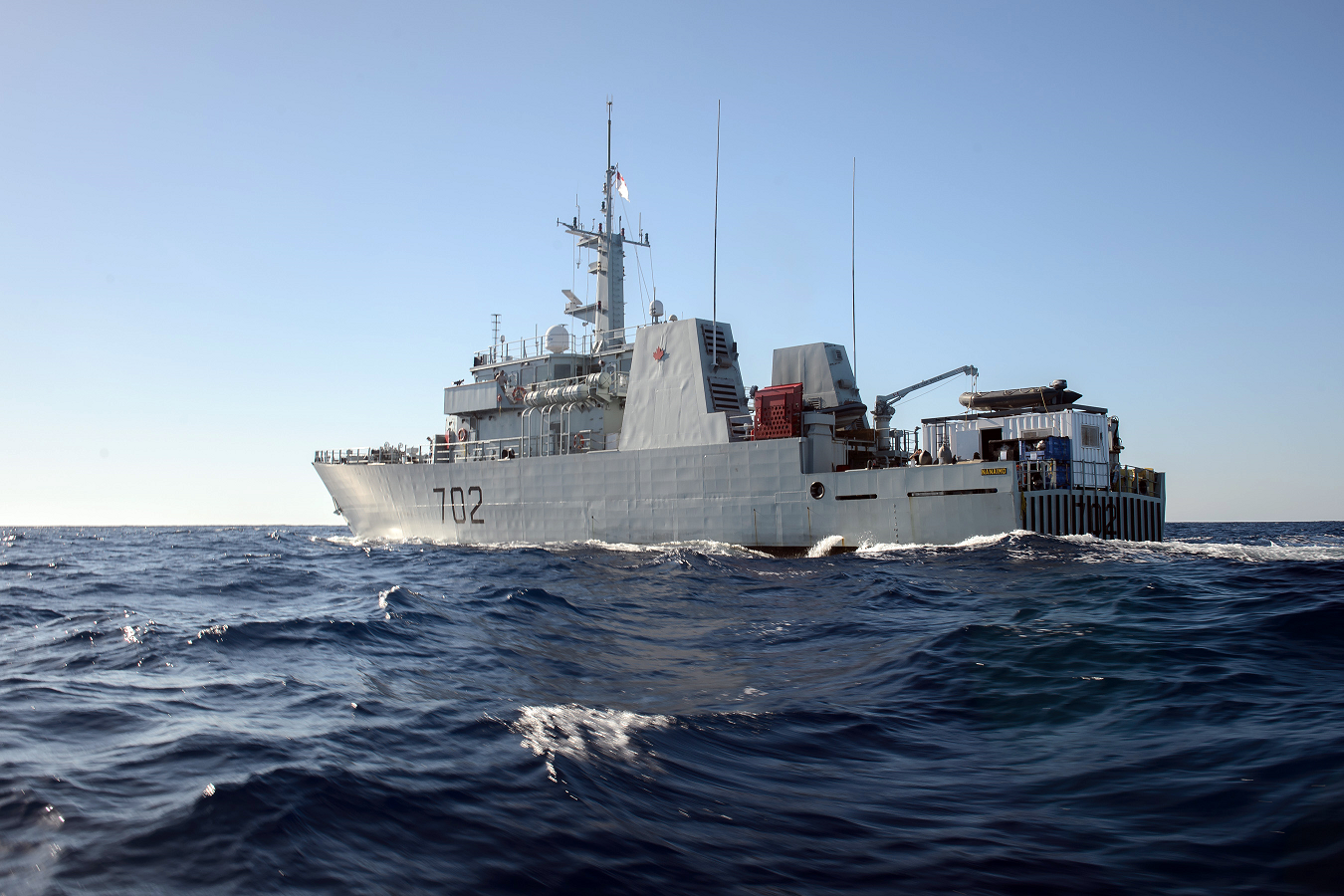 October 19, 2017. Her Majesty's Canadian Ship NANAIMO patrols the Caribbean Sea during Operation CARIBBE on October 19, 2017. Photo: MARPAC Imaging Services.