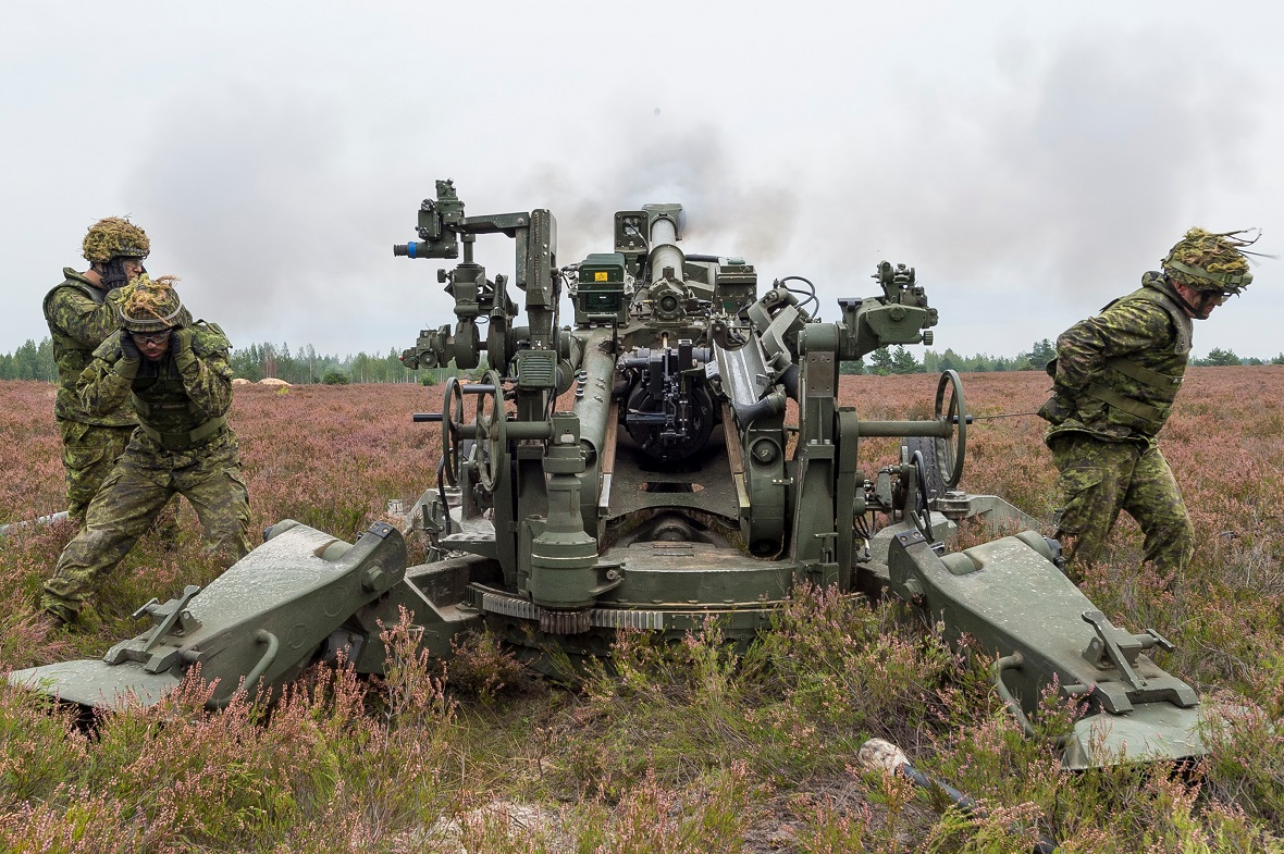 Members from 1 Royal Canadian Horse Artillery Z Battery of the Canadian Armed Forces fire the M777 Howitzer guns that have been deployed in support of NATO's enhanced Forward Presence Battlegroup Latvia as part of Operation REASSURANCE, at Camp Ādaži, Latvia, on September 10, 2017. Photo: Sergeant Bernie Kuhn, Task Force Latvia