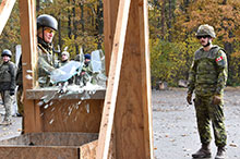 Starychi, Ukraine. October 29, 2016. A Ukrainian soldier practices mechanical window breaching under the supervision of a Joint Task Force – Ukraine instructor during Operation UNIFIER at the International Peacekeeping and Security Centre. (Photo : Joint Task Force – Ukraine)