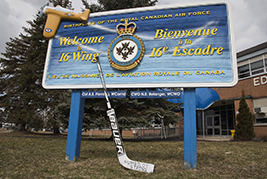 16 Wing supports Humboldt Broncos