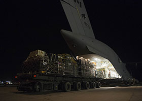 15 October 2014, Kuwait – The first delivery of cargo is unloaded from a Canadian Armed Forces CC-177 Globemaster aircraft in support of Operation IMPACT. (Photo IS2014-5010-01 by Canadian Forces Combat Camera)