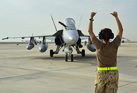 28 October 2014, Kuwait – Canadian Armed Forces CF-188 Fighter jets arrive at the Canadian Air Task Force Flight Operations Area in Kuwait on in support of Operation IMPACT. (Photo IS2014-5020-02 by Canadian Forces Combat Camera)