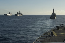 Western Mediterranean Sea. 29 October 2015 – Her Majesty's Canadian Ship WINNIPEG manoeuvers into close formation with a large group of NATO warships participating in Exercise TRIDENT JUNCTURE in the Western Mediterranean Sea for a photography exercise. (Photo: LS Ogle Henry, HMCS WINNIPEG)