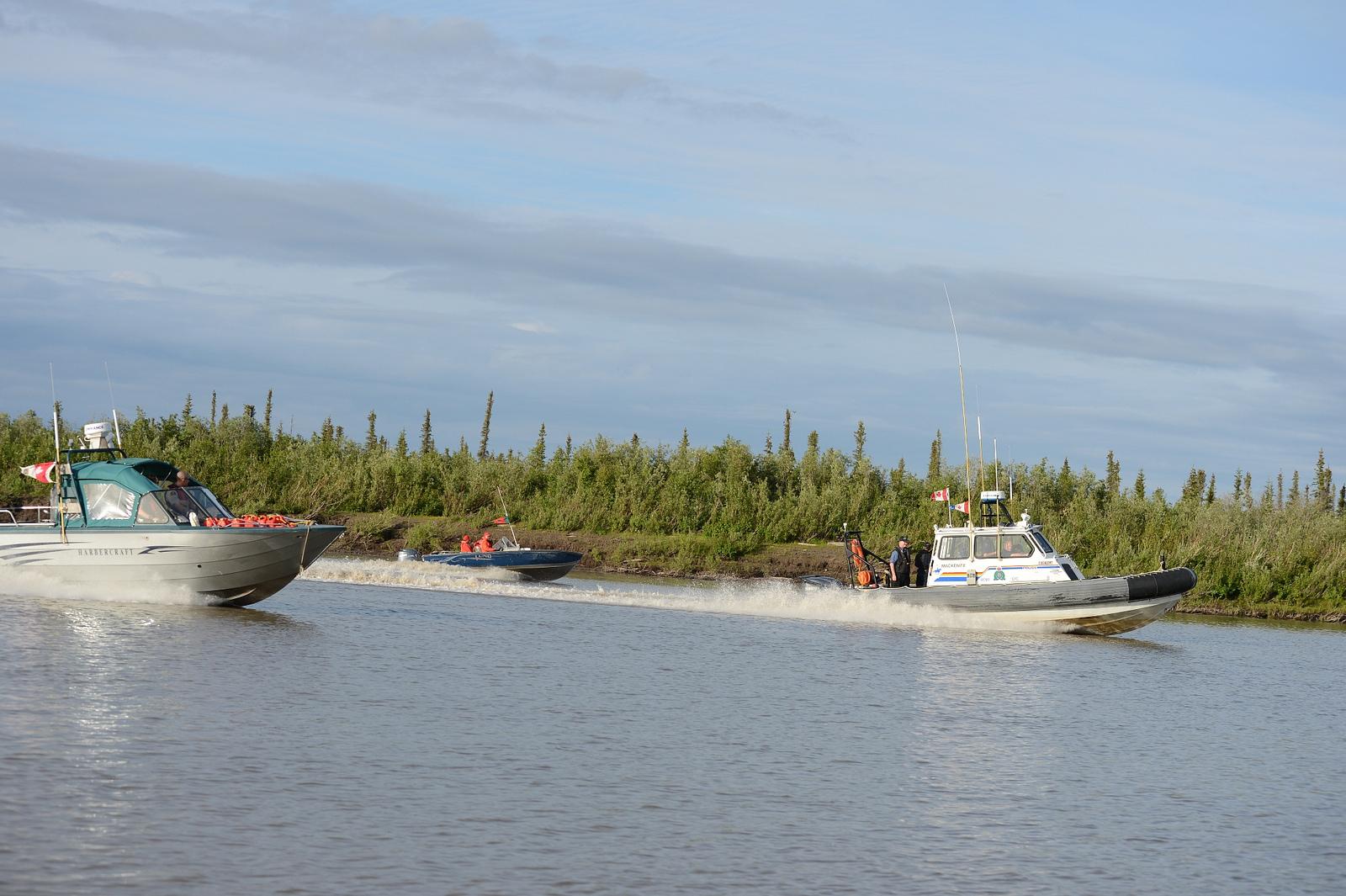 Канадские вооруженные силы и полиция начали совместные учения в Арктике