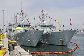 San Diego Naval Base, California. 1 July 2014 – Her Majesty's Canadian Ship WHITEHORSE and HMCS NANAIMO are fully dressed on Canada Day at San Diego Naval Base, California on July 1, 2014 prior to participating in Rim of the Pacific Exercises (RIMPAC) 2014. (Photo: Cpl Blaine Sewell, MARPAC Imaging Services)