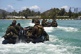 "Kaneohe Bay, Marine Corps Base Hawaii. 29 June 2014 – Troops from The 3rd Battalion, Princess Patricia's Canadian Light Infantry Recce Platoon, 3 Section, The 3rd Reconnaissance Battalion, ""A"" Company, Third Platoon, United States Marines and The Japanese Western Area Infantry Regiment, use combat rubber reconnaissance crafts to complete Nautical Navigation and Over the Horizon Training during Exercise Rim of the Pacific (RIMPAC). (Photo: Sgt Matthew McGregor, Canadian Forces Combat Camera)"