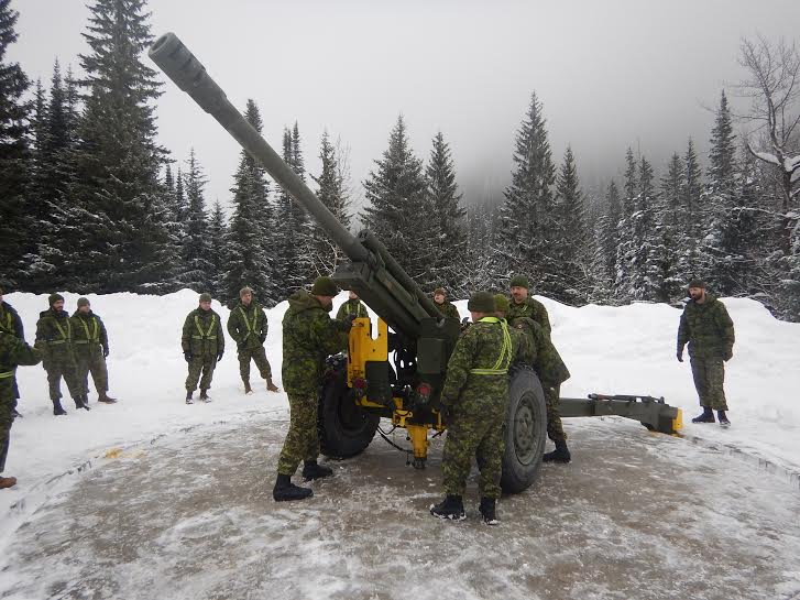 Roto 2 from the 5e Régiment d'artillerie légère du Canada, based out of 2nd Canadian Division Support Base Valcartier, Québec, moving a 105mm Howitzer on one of the gun rings in preparation for their avalanche prevention activities in Rogers Pass.