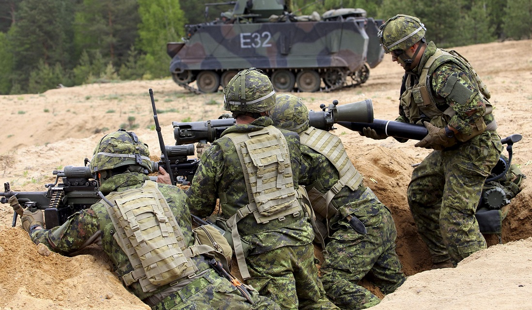 May 17 2016. Pabradė, Lithuania. Members of the Operation REASSURANCE Land Task Force (LTF) move into position onto a firing range during Exercise HUNTER, a multinational anti-tank exercise, in Pabradė, Lithuania on May 17, 2016. (Photo: Captain Mark Ruban, Public Affairs Officer, Operation REASSURANCE Land Task Force)